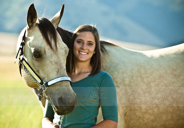 Mackley-Seniors-Logan-Utah-1043